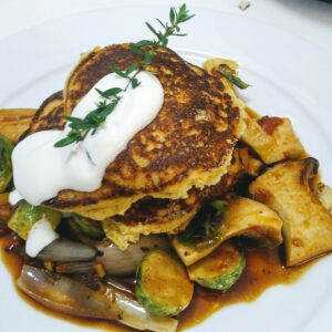 Corn cakes and vegetables